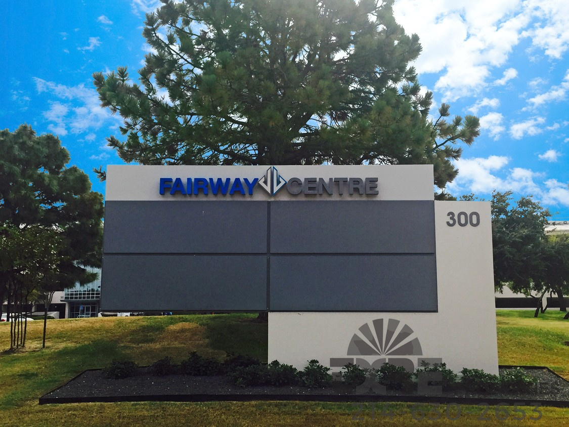 Fairway Centre 300 Decker Dr.